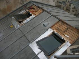 Travaux de création en cours sur terrasson zinc